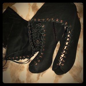 Gorgeous Thigh high black boots